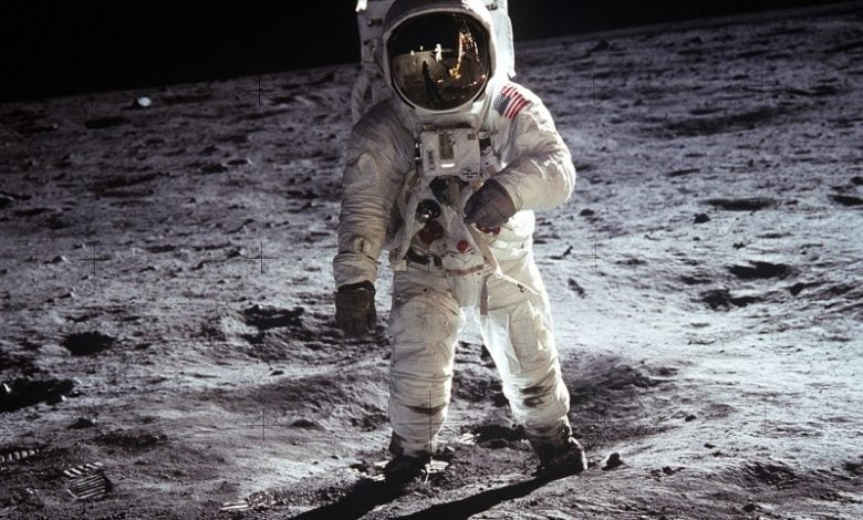 pristani na mesici