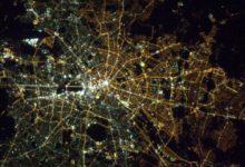 Photo of Východ azápad Berlína kvůli Berlínské zdi vypadají dodnes zvesmíru velmi rozdílně