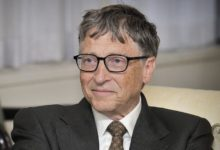 Photo of Bill Gates vroce 2009 na přednášce omalárii vypustil na diváky komáry