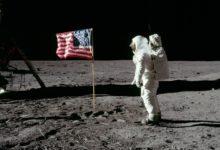 Photo of Historickou americkou vlajku, která je na Měsíci, koupila NASA vmaloobchodě za $5,50