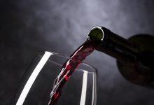 Photo of V průměru vypije každý občan Vatikánu 72 lahví vína ročně